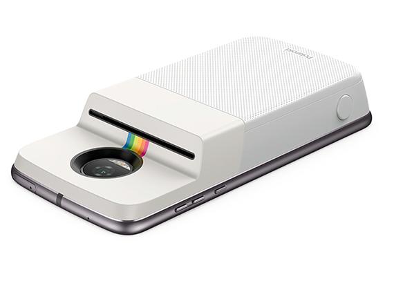 Motorola se asoció con Polaroid para agregar una impresora al Moto Z