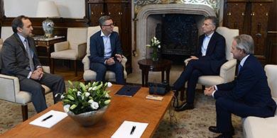 Telecom le anunció a Macri una inversión de US$ 5.000 millones