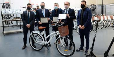 Grupo Núcleo inauguró su fábrica de bicicletas eléctricas en Parque Patricios