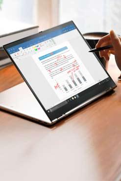 X1 Titanium Yoga. ¿Cómo es la nueva ThinkPad más delgada de la historia?