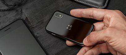 Palm volvió con un smartphone Android, diminuto y con