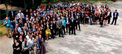 La South School on Internet Governance vuelve a Argentina. Solicita una beca!